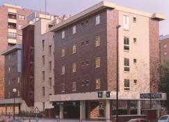 新罕布什尔州体育酒店 - 萨拉戈萨 - 建筑