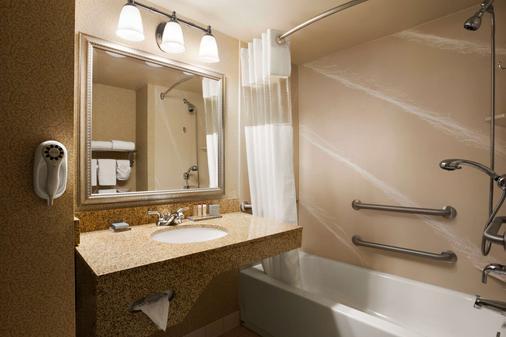 路易斯维尔东温德姆集团温盖特酒店 - 路易斯威尔 - 浴室