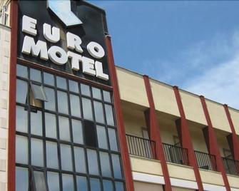 尤罗汽车旅馆 - 巴里 - 建筑