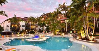 努萨法语区曼特拉酒店 - 奴沙岬 - 游泳池