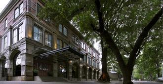 古纳瓦尔曼酒店 - 雅加达 - 建筑