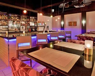 瑞德森萨德伯里酒店 - 萨德伯里 - 酒吧