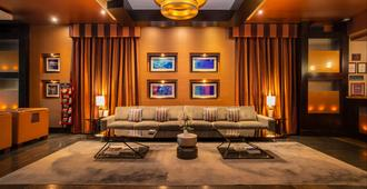 戴维桑德曼套房酒店 - 温哥华 - 大厅