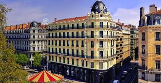 美憬阁卡尔顿里昂酒店 - 里昂 - 户外景观