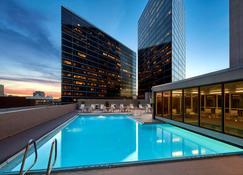 塔尔萨市中心君悦酒店 - 图尔萨 - 游泳池
