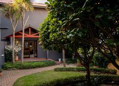 爱德华查尔斯庄园酒店 - 莫塞尔湾 - 户外景观