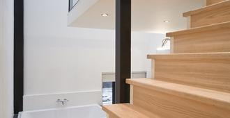 漂浮酒店 - 鹿特丹 - 楼梯