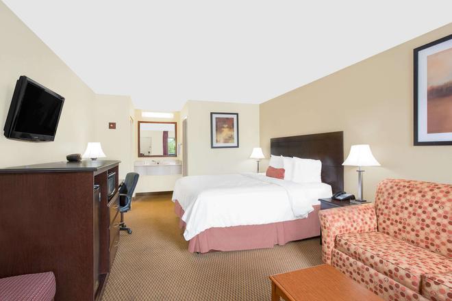 格林维尔贝蒙特套房酒店 - 格林维尔 - 睡房