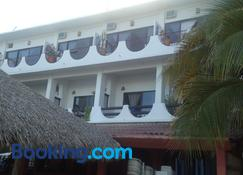Hotel Cordelia's - 安赫尔港 - 建筑