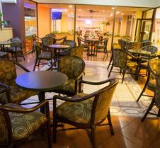 特拉札貝斯特韋斯特Plus飯店