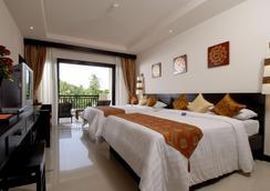 卡伦海滩地平线温泉度假酒店 - 卡伦海滩 - 睡房