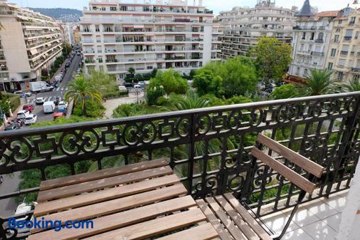 阿利亚酒店 - 尼斯 - 阳台