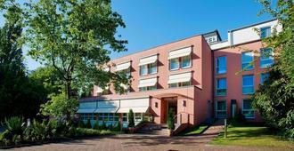 杜塞尔多夫巴巴罗萨酒店 - 杜塞尔多夫