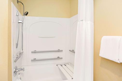 迈阿密机场西贝蒙特旅馆及套房酒店 - 多拉 - 浴室