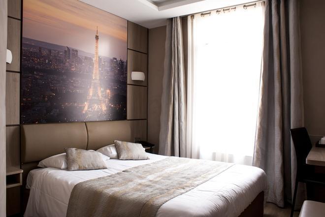 加里纳埃菲尔铁塔酒店 - 巴黎 - 睡房