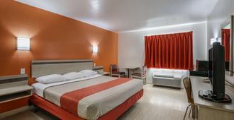 帕薩迪納6汽車旅館 - 帕萨迪纳 - 睡房