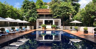清迈拉差曼哈酒店 - 清迈 - 游泳池