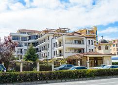 维拉玛丽亚瑞斯酒店 - 内塞巴尔 - 建筑
