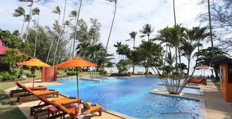 万岁度假酒店 - 苏梅岛 - 游泳池