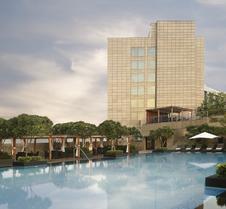 里拉安姆比尔古尔冈酒店及公寓