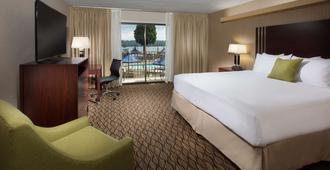 加特赞海滩红狮酒店 - 波特兰 - 睡房