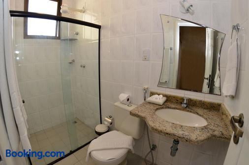 圣曼努埃尔普拉亚酒店 - 阿拉卡茹 - 浴室