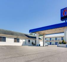 阿肯色州费耶特维尔汽车旅馆6