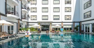 會安真誠Spa飯店 - 会安 - 游泳池