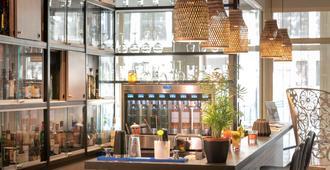拉朱利埃特贝斯特韦斯特臻品酒店 - 马赛 - 酒吧