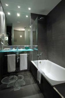 维尼西马里迪莫饭店 - 巴塞罗那 - 浴室