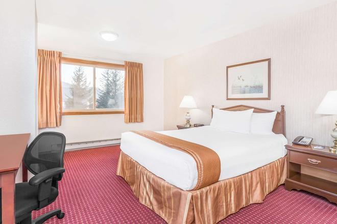 朱诺温德姆旅游旅馆 - 朱诺 - 睡房
