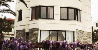 康达席拉酒店 - 艾瓦勒克 - 建筑