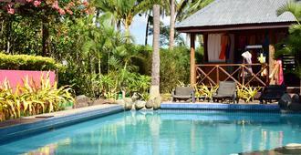 斐濟俱樂部度假飯店 - 南迪 - 游泳池