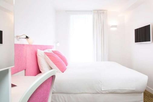 米斯塔尔酒店 - 巴黎 - 睡房