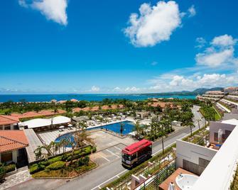 卡努查湾别墅酒店 - 名户 - 游泳池