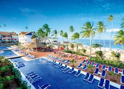 岛民得可麦仑酒店&度假村 - - 圣安德列斯 - 游泳池
