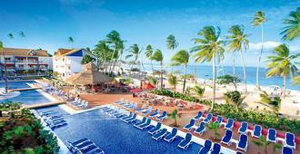 岛民得可麦仑酒店&度假村 - - 圣安德列斯