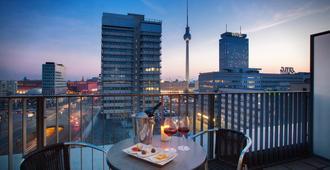 柏林中心亚历山大广场假日酒店 - 柏林 - 阳台