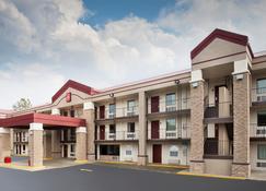 东伯明翰 - 艾昂戴尔机场红屋顶普拉斯酒店 - 艾恩代尔 - 建筑