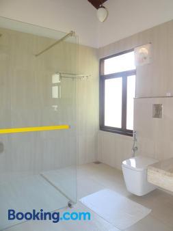 波瓦斯文化遗产 - 阿米里塔拉度假村 - 科钦 - 浴室