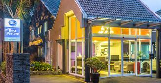 贝斯韦斯特纽兹马肯特酒店及套房 - 奥克兰 - 建筑