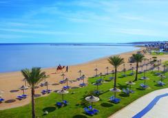 佳日海滨亲水度假酒店 - 赫尔格达 - 海滩