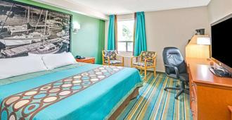 多伦多东速8酒店 - 多伦多 - 睡房