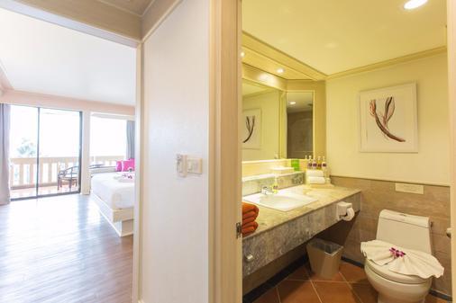 卡塔海滩度假村 - 卡伦海滩 - 浴室