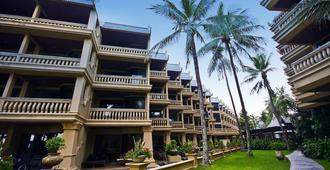 卡塔海滩度假村 - 卡伦海滩 - 建筑
