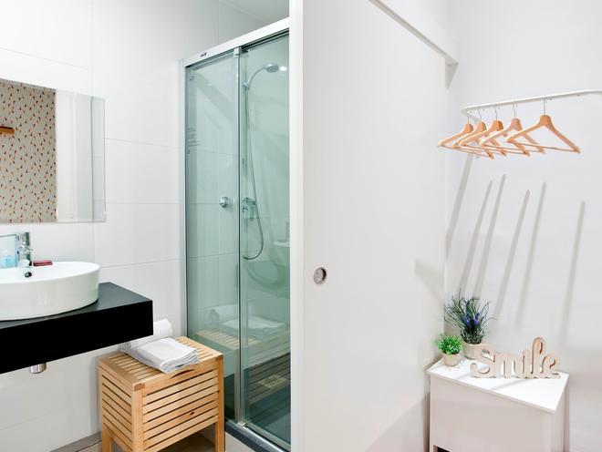 巴塞罗那市中心罗达蒙酒店 - 巴塞罗那 - 浴室