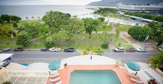 皇家港口休闲酒店 - 凯恩斯 - 游泳池