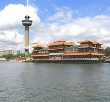 鹿特丹新海洋乐园酒店