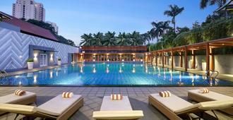 世纪公园酒店 - 雅加达 - 游泳池