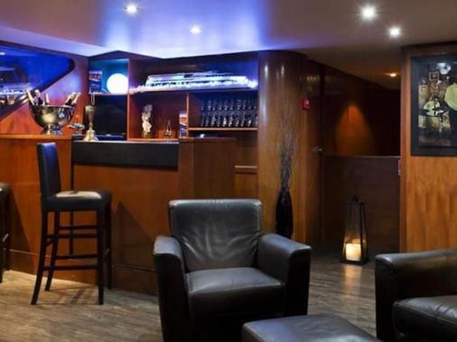 巴黎快艇vip酒店 - 巴黎 - 酒吧